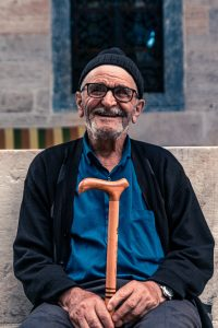 cane, walking aide, lessen arthritis pain